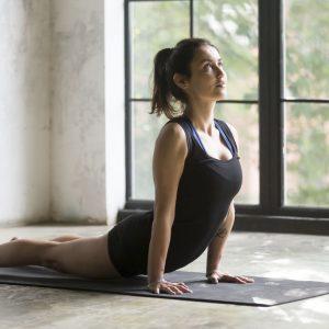 yoga saludo al sol